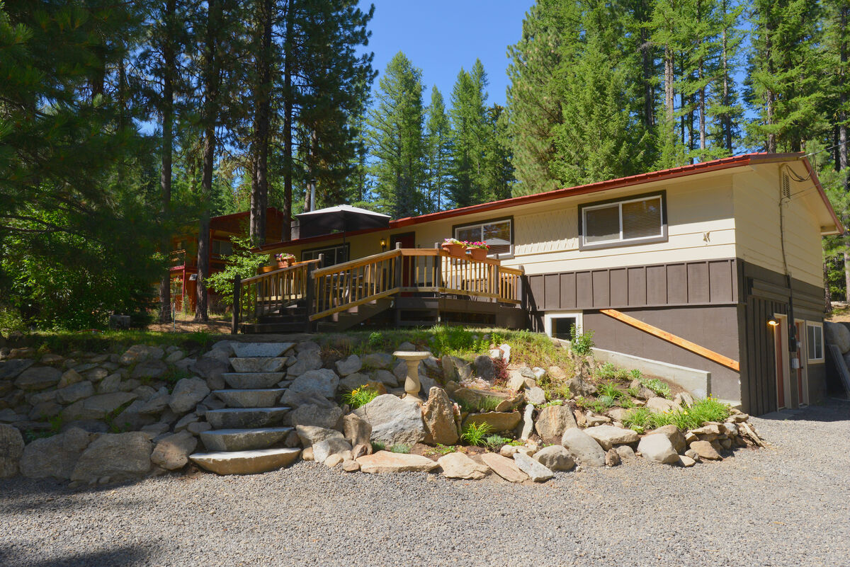 Payette River Cabin McCall Vacation Rental Home