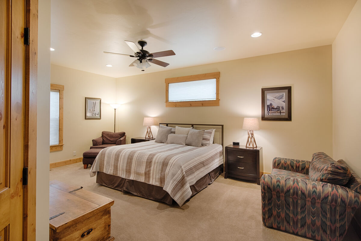 Master Suite has king bed and sitting area.
