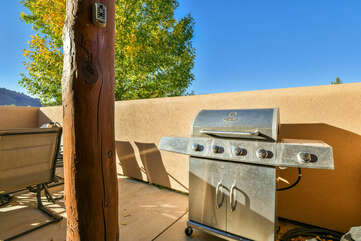 Patio and BBQ grill at Moab Rental