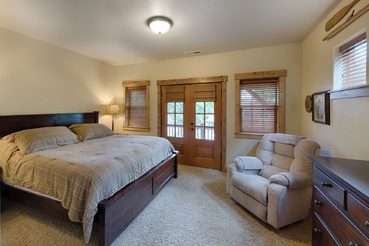 Master bedroom with King bed and lots of room to spread out.