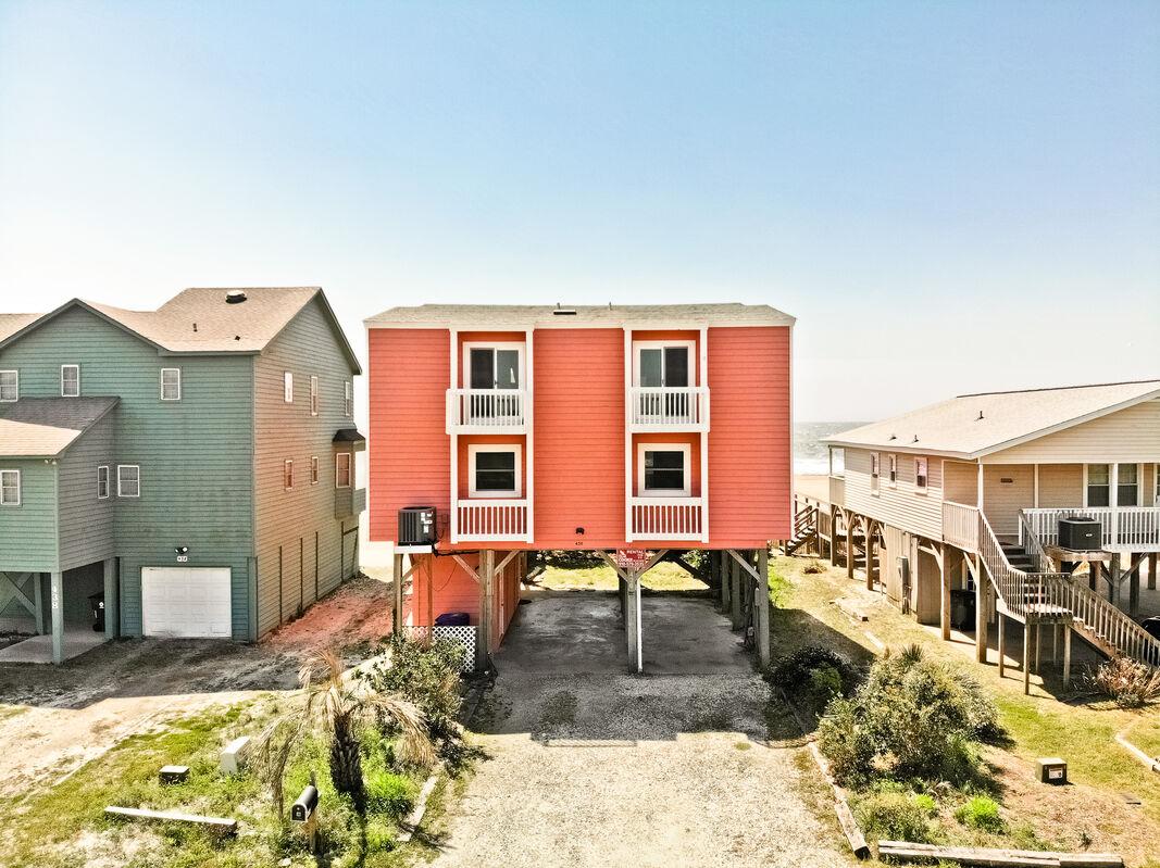 436E2 - Make Waves - Oceanfront House