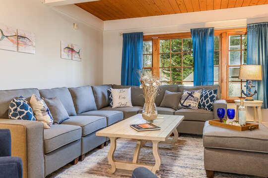 Large L-shaped couch in living room for plenty of seating - 2 Cove Road Harwich Cape Cod - New England Vacation Rentals