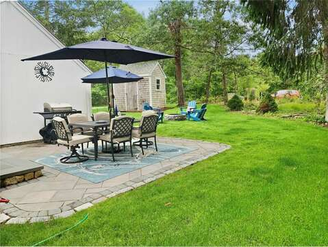 backyard and patio - 2 Cove Road Harwich Cape Cod - New England Vacation Rentals