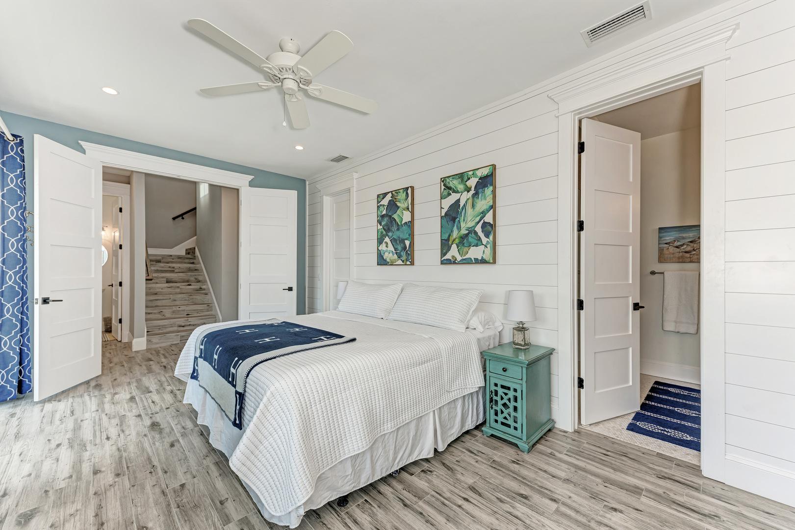 4 Sandpipers master bedroom alternate view