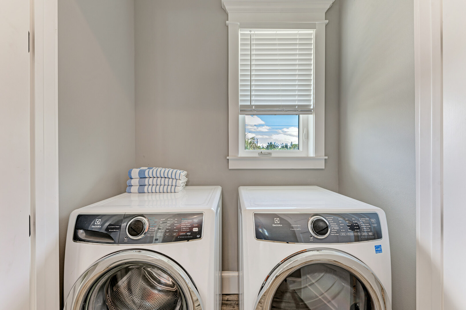 4 Sandpipers laundry
