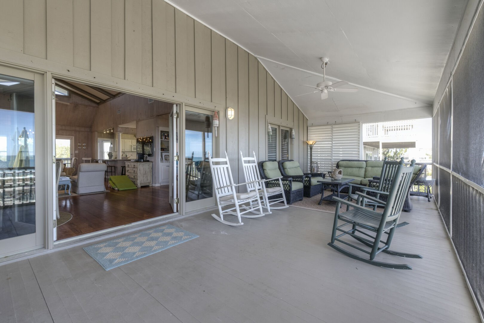 Oceanfront Screened Porch