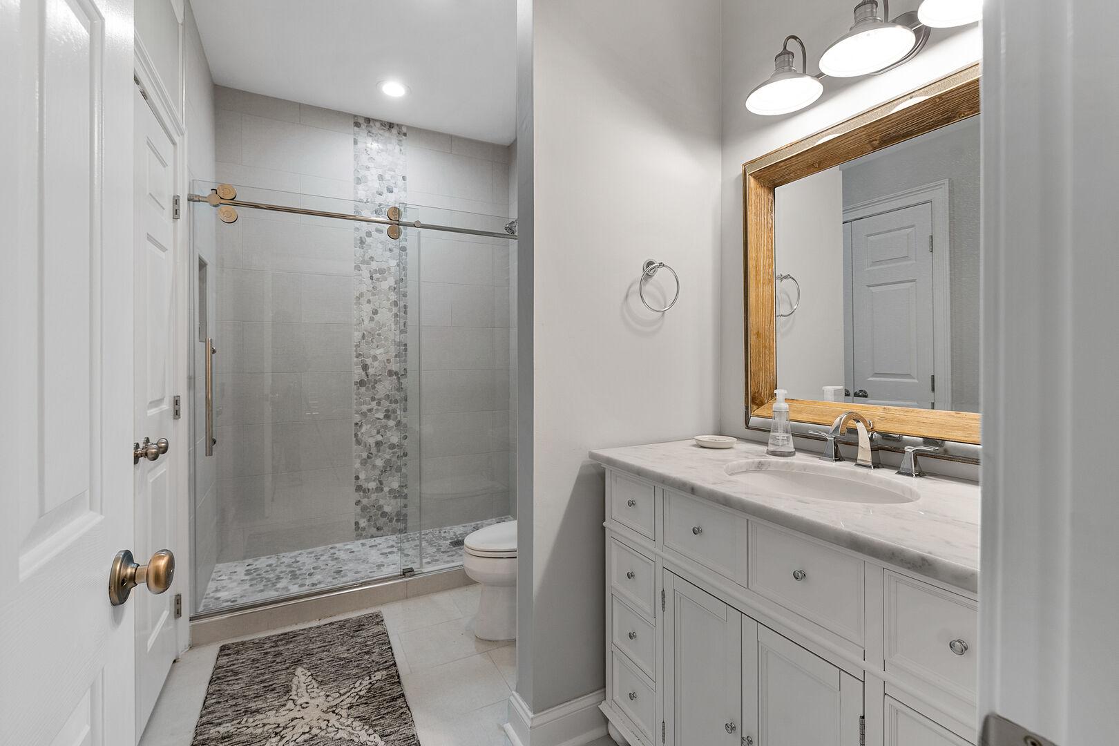 Bunk Bathroom - Second Floor