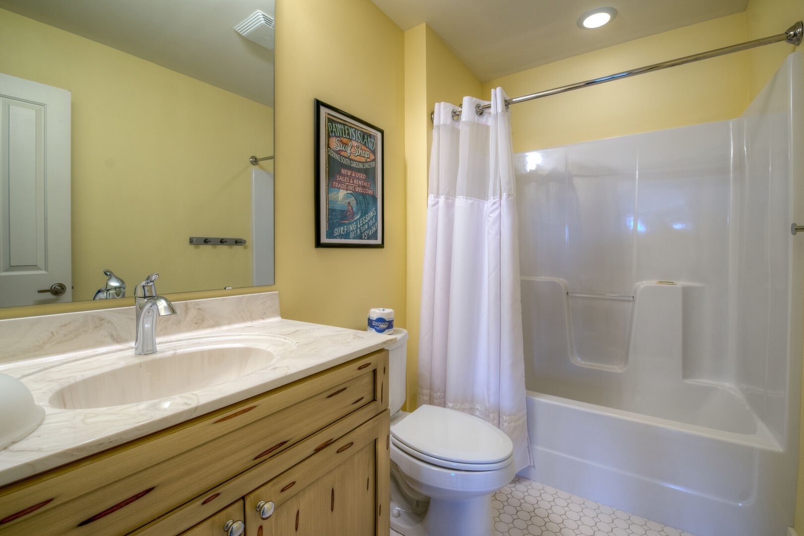 Bunk Bathroom - Third Floor