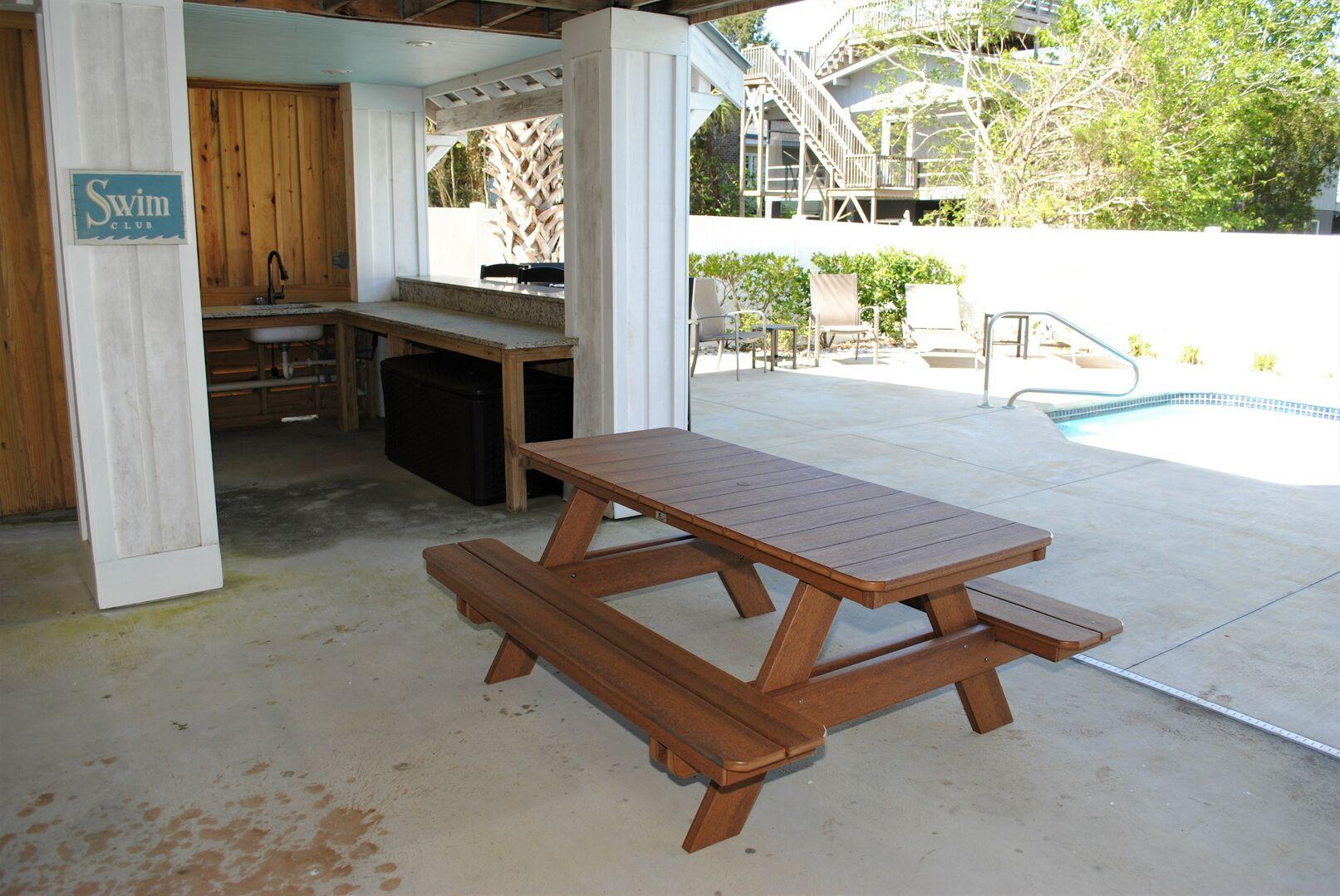 Tiki Bar and Picnic Table - Pool Side