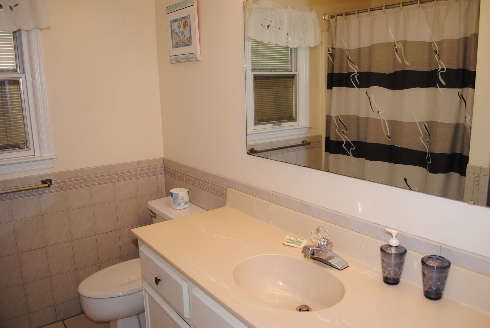 Bathroom Between King and 2 Fulls - First Floor