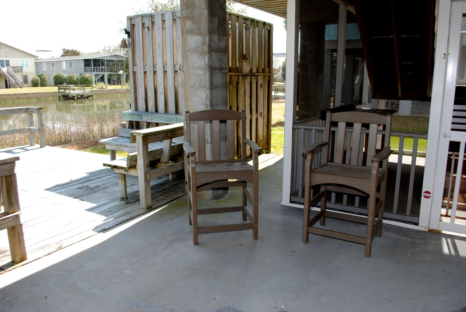 Sitting Area - Canal Side