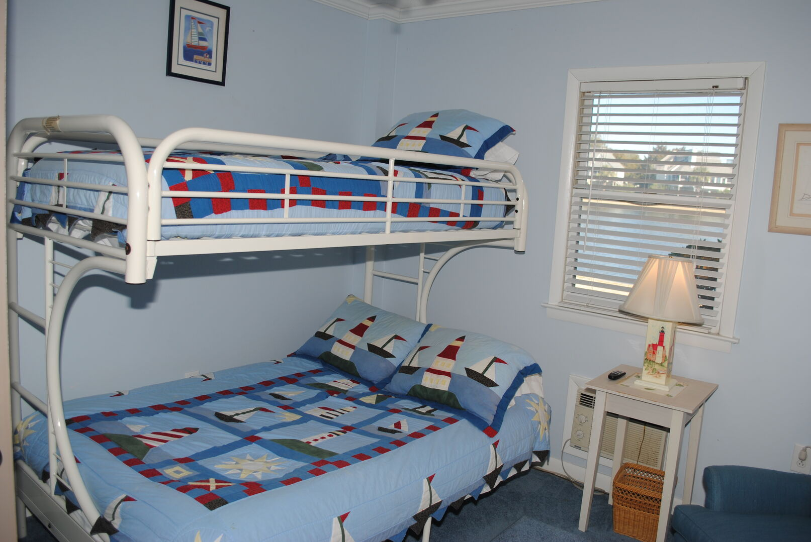 Bunk Bed (Full on Bottom, Twin on Top) - Ground Level