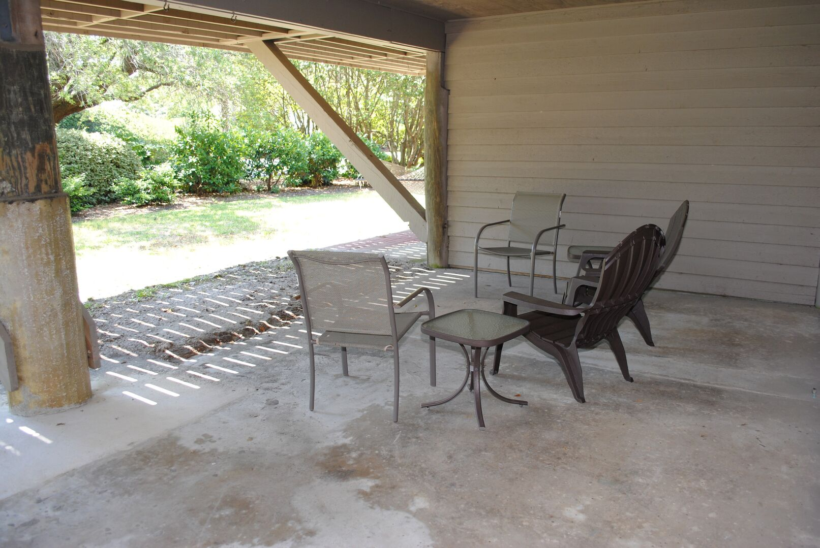 Ground Level Sitting Area