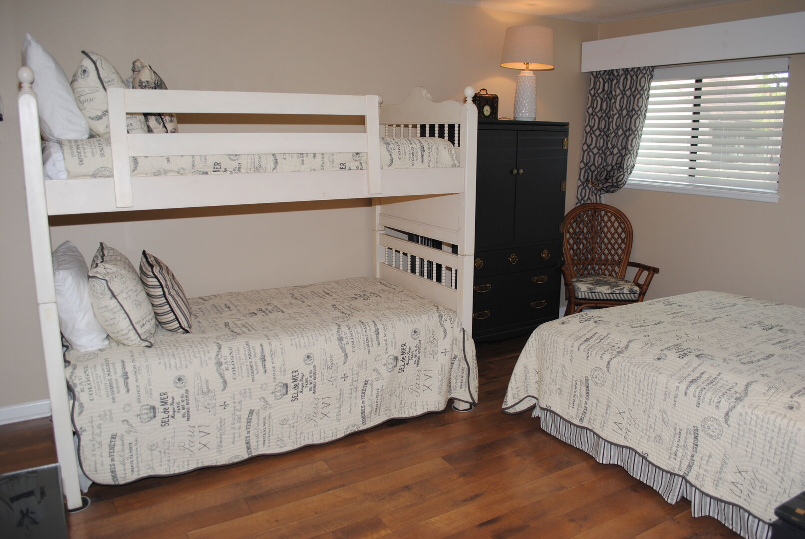 Queen and Bunk Bed with Trundle - Second Floor