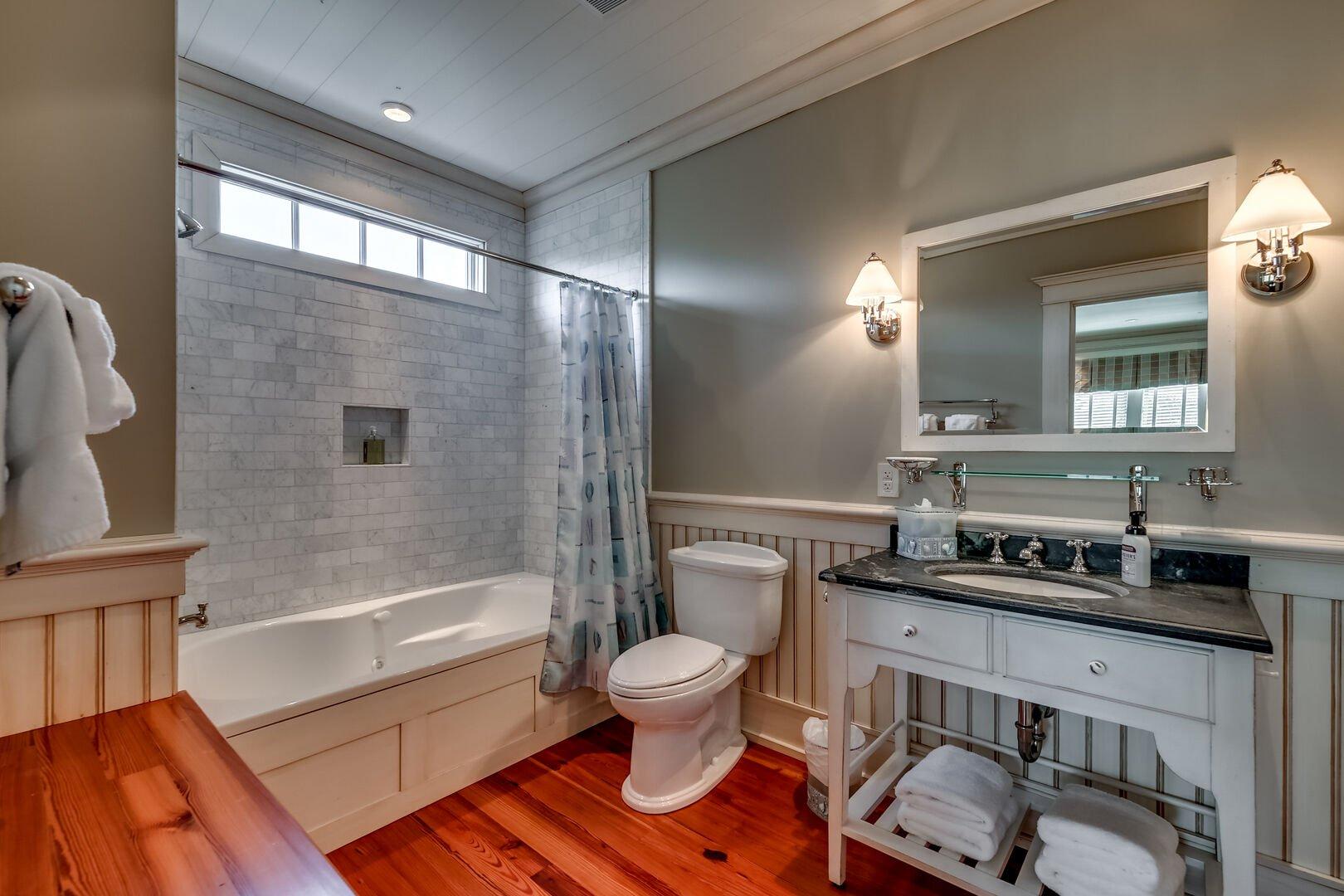 Bathroom - Carriage House