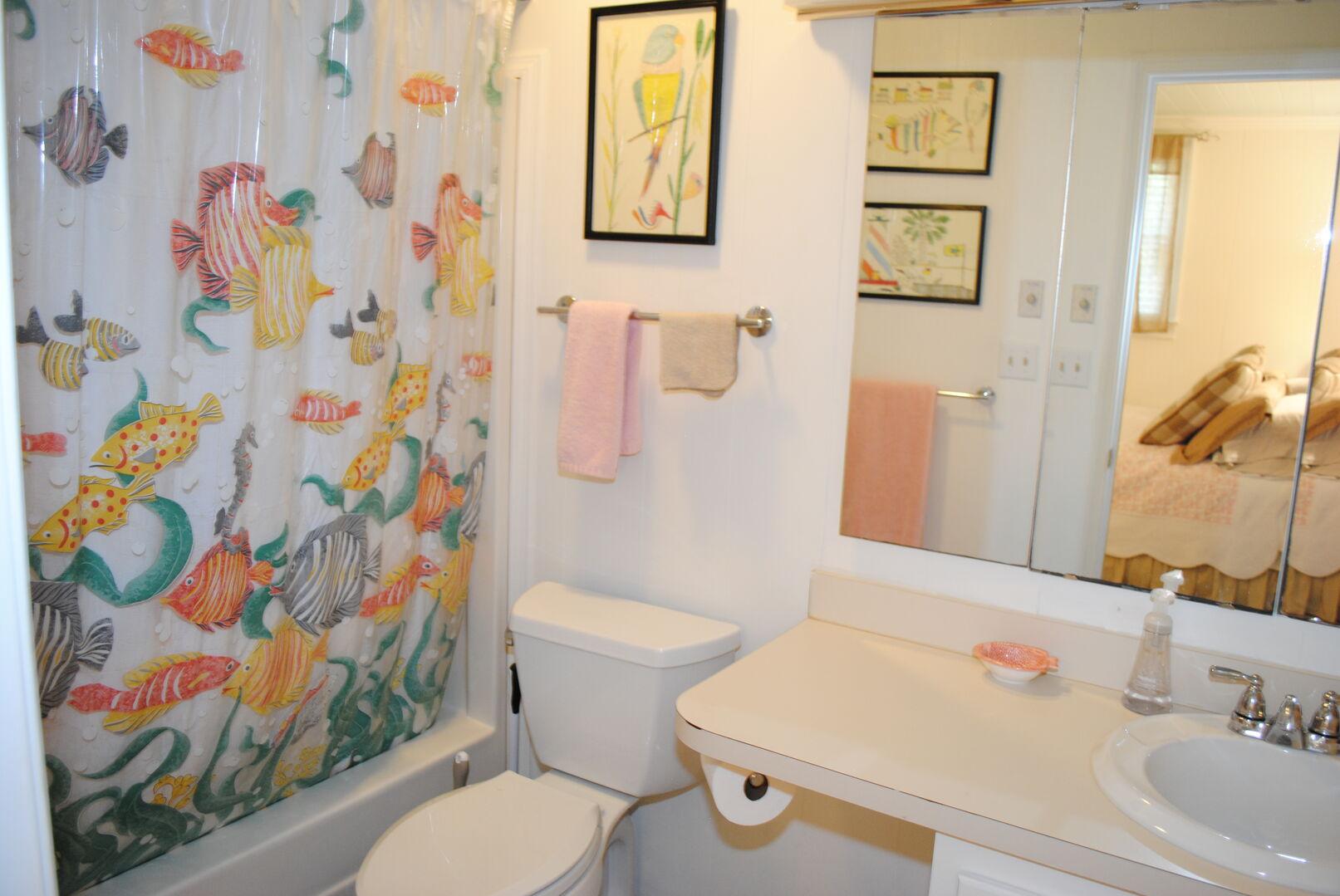 Queen Bathroom - Ground Level