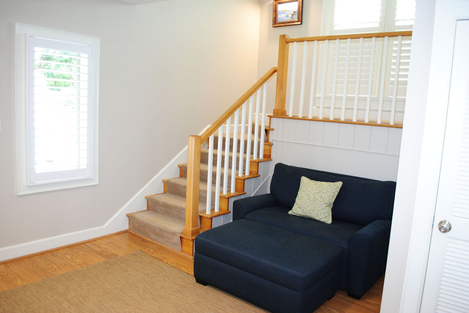 Entry with Twin Sleeper Chair - Ground Level