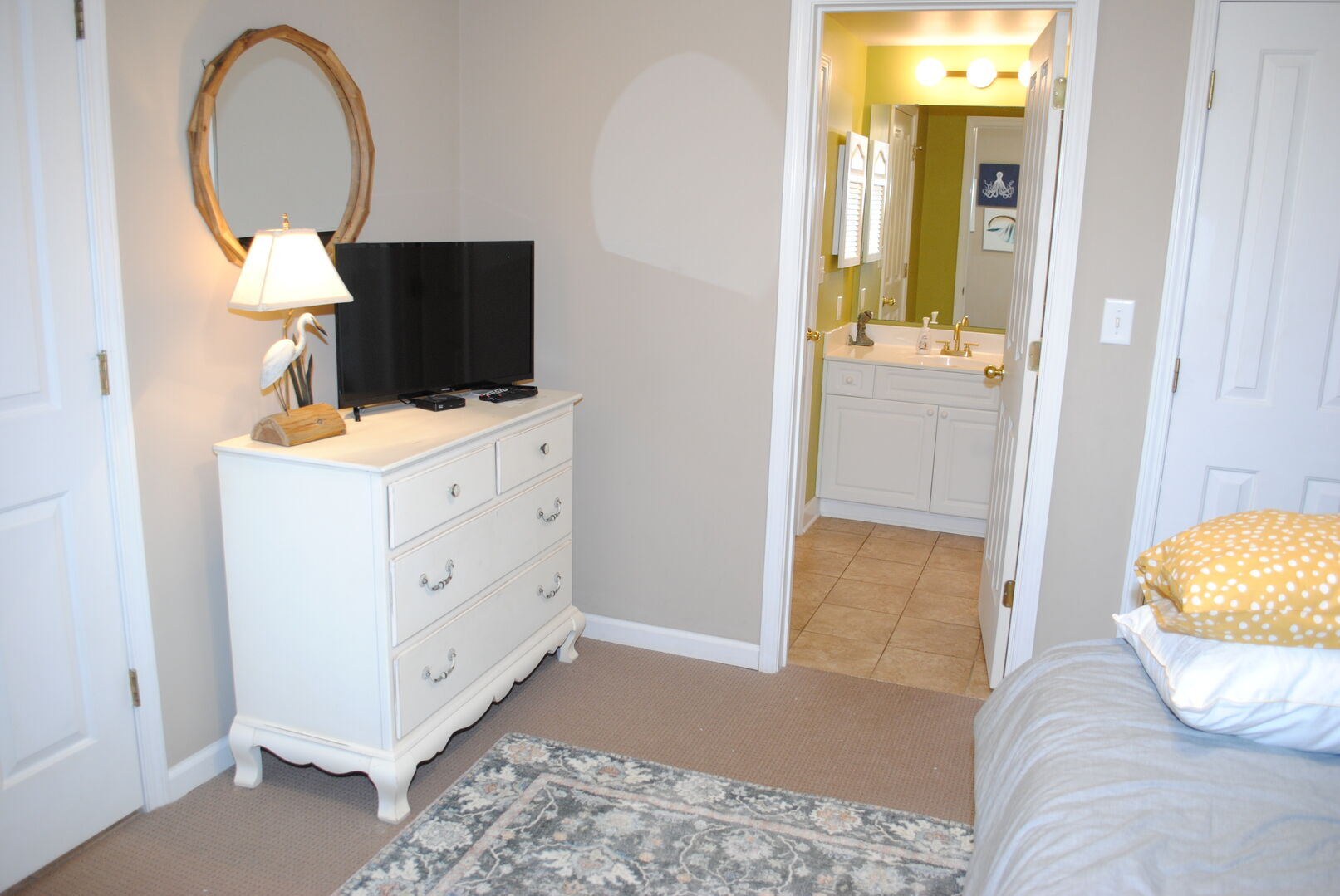 Queen Bed with a Twin Bunk and a Twin Trundle