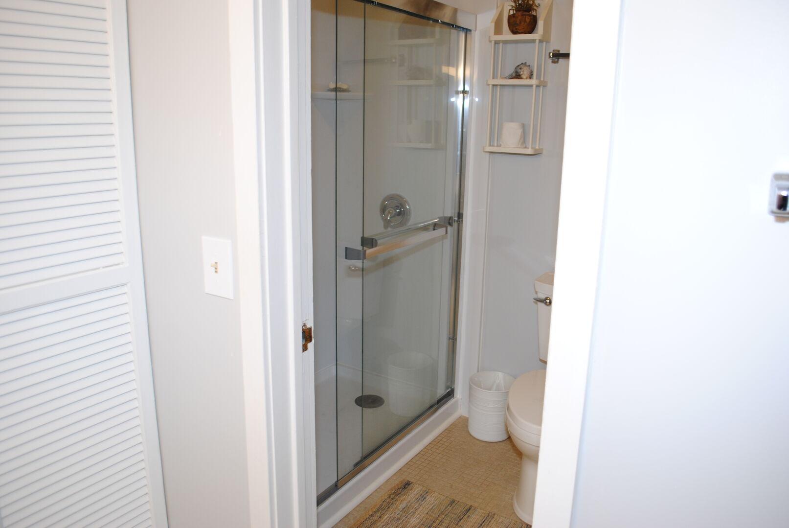 Fulls Bathroom - Second Floor