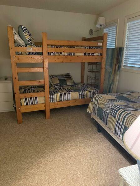 guest bedroom, 2nd floor