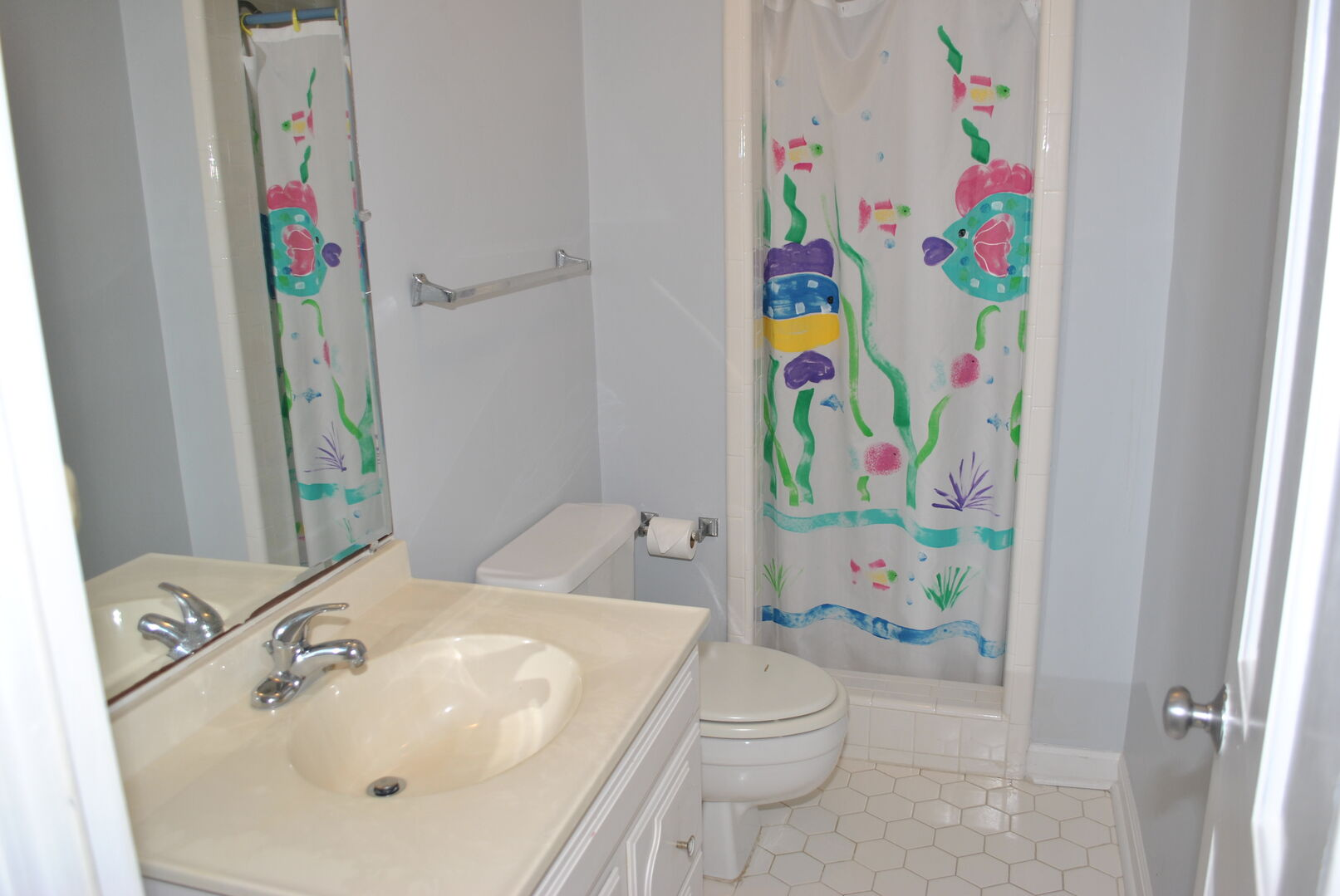 Game Room Bathroom - Ground Level