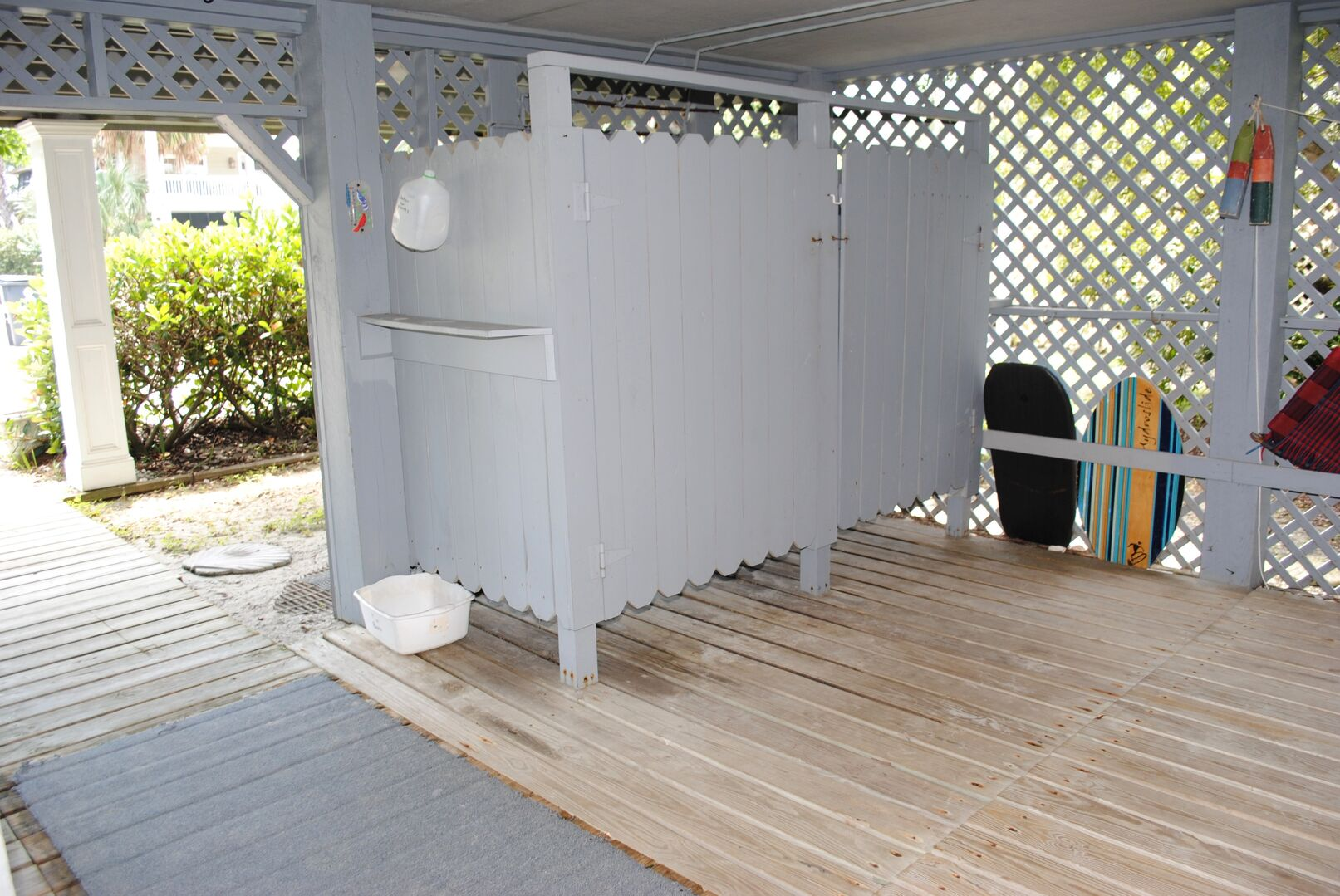 Ground Level - Enclosed Outdoor Shower