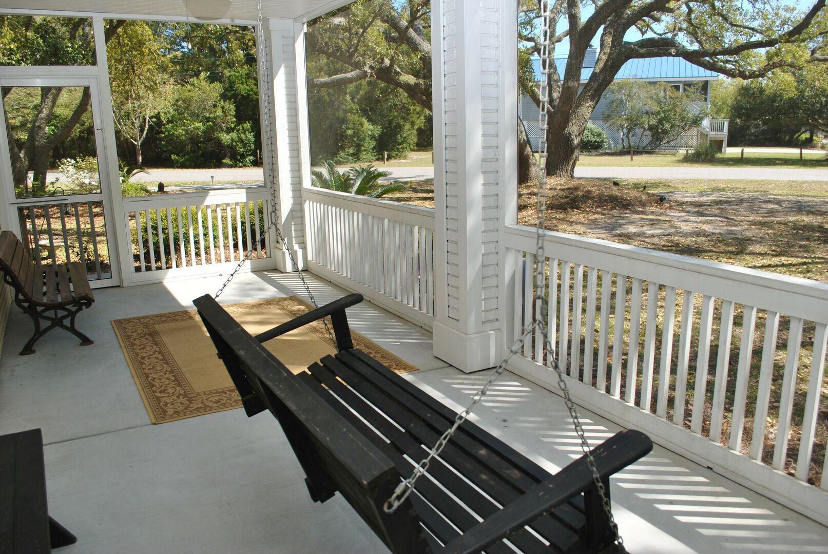 Screened Porch - Ground Level