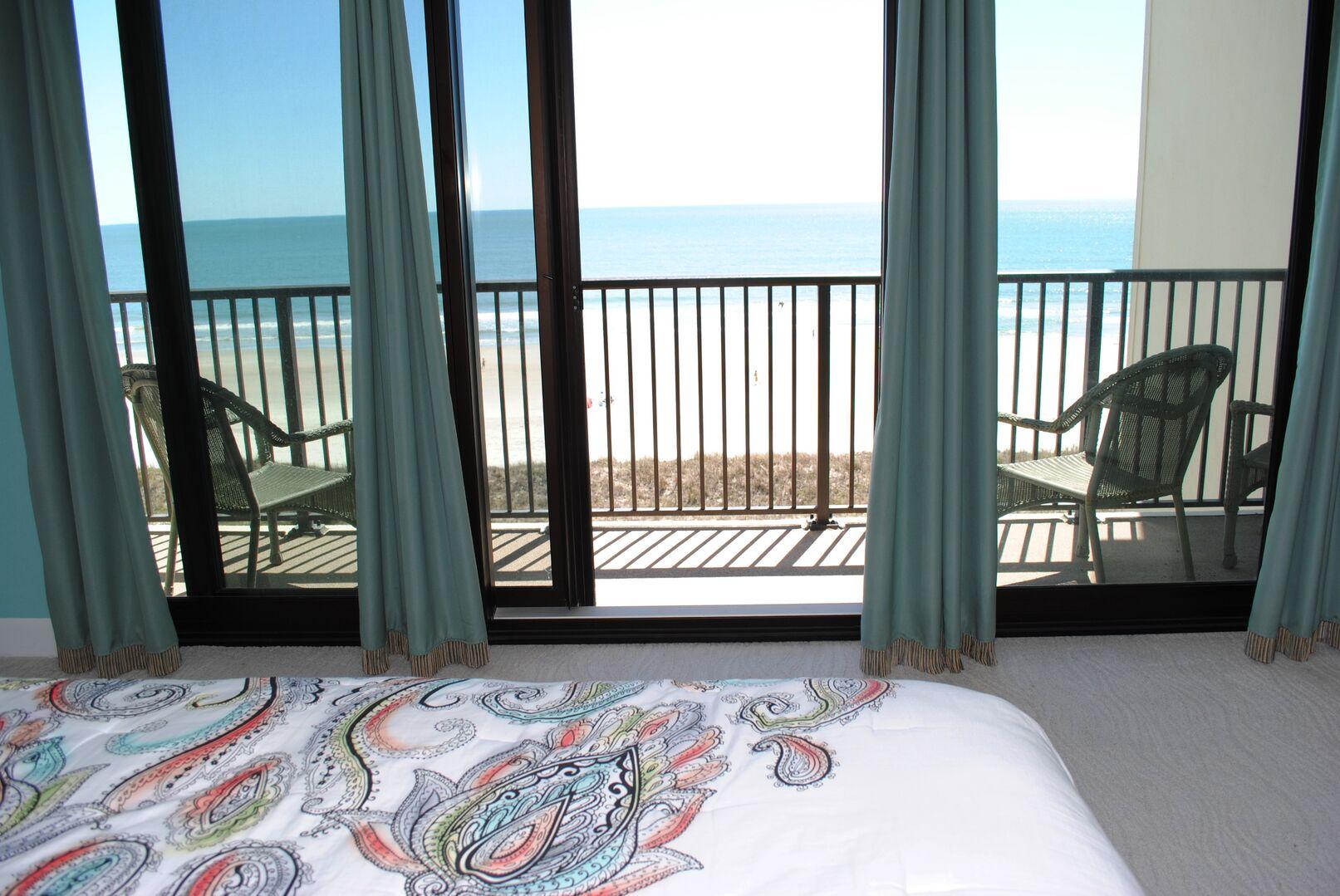 King Oceanfront Balcony
