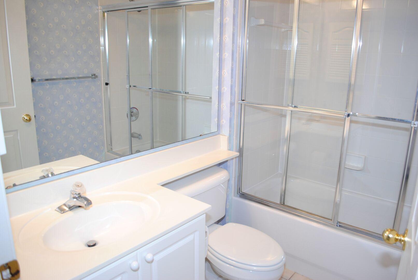 Twins Bathroom