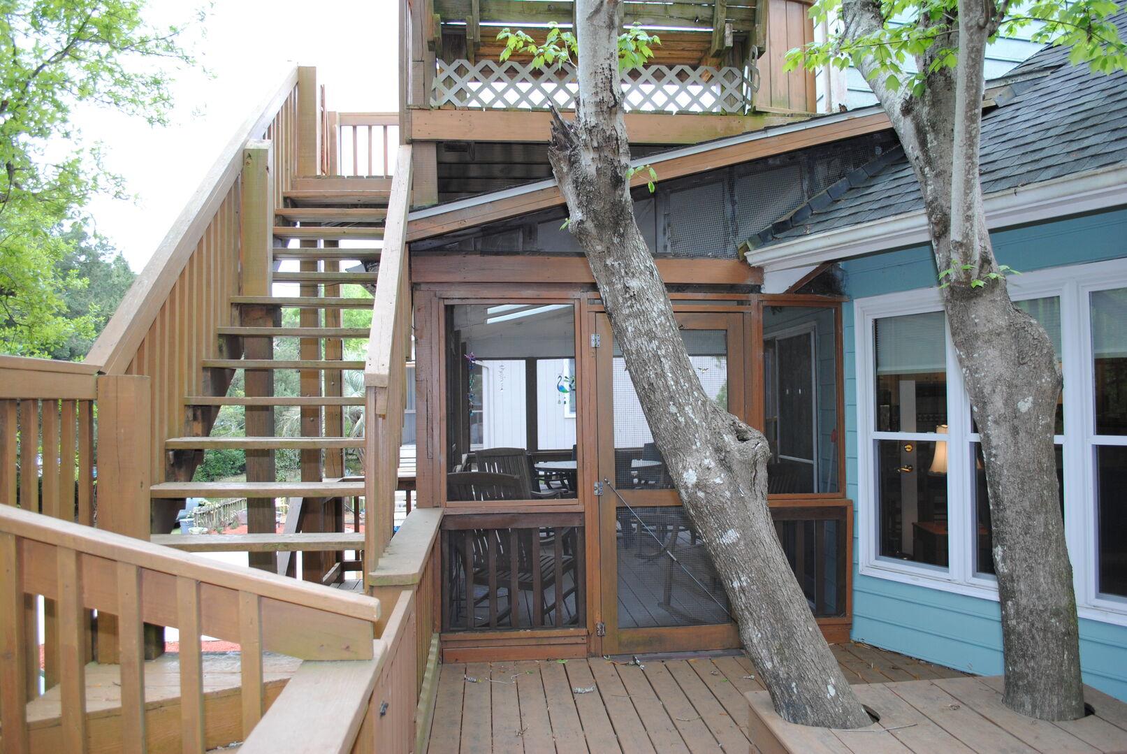 Sun Deck - First Floor (Stairs access Loft Sun Deck)