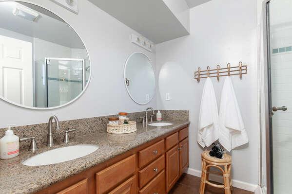 Master En-Suite with Double Vanity - Second Floor