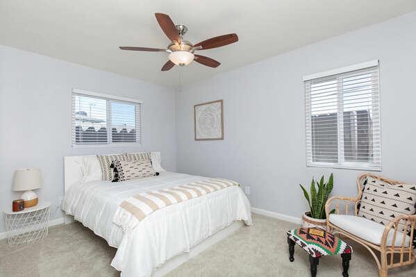 Guest Bedroom, Queen Bed - First Floor