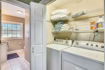 Mother-in-law suite: laundry