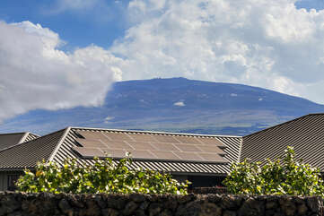Majestic Mauna Kea.  Tallest mountain in the world when measured from its underwater base.