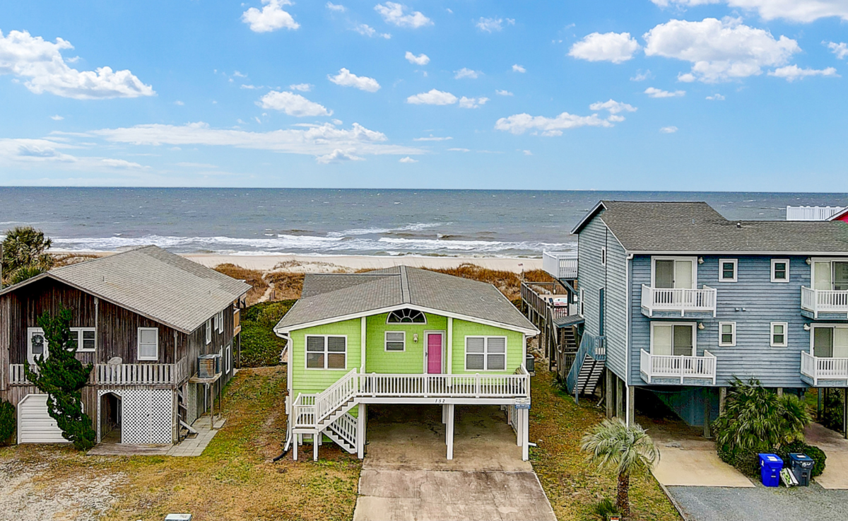 152E1 - Seabatical - Oceanfront House