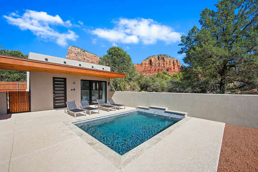 Private Salt Water Play Pool with An Amazing Backdrop - Access to/from the Casita