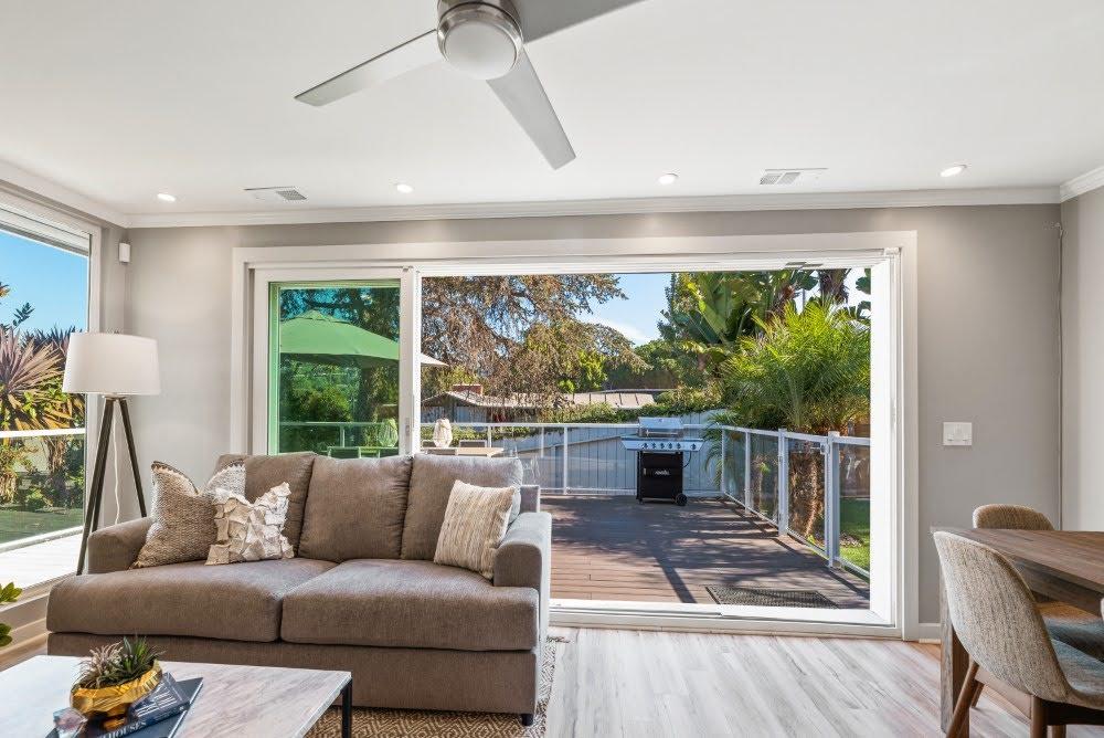Indoor/Outdoor Living Room