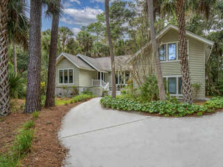 Welcome to 2650 Seabrook Island Road