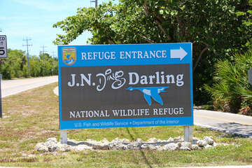 Ding Darling Entrance