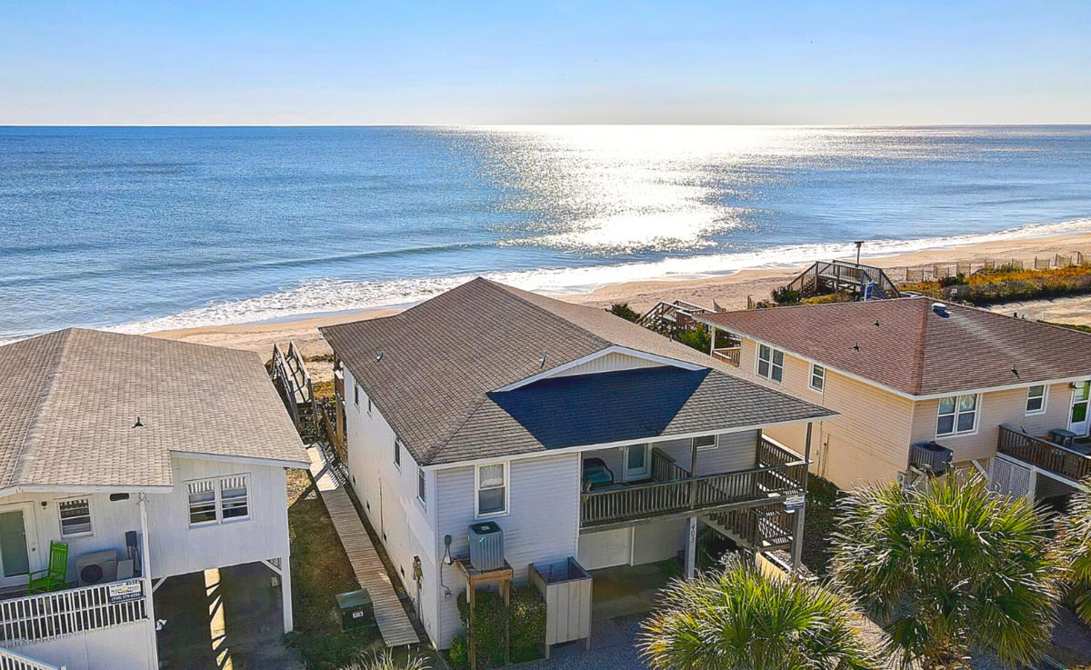 403E1 - Oceanfront House