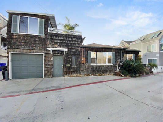 Exterior - Single Family Home,  1 House to the Bay!