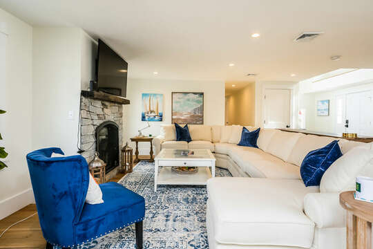 Comfy seating in living area - 74 E Bay View Road Dennis Cape Cod - New England Vacation Rentals