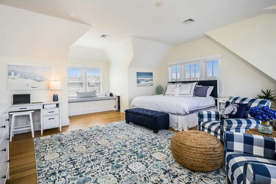Sitting area in Bedroom #3 - 74 E Bay View Road Dennis Cape Cod - New England Vacation Rentals