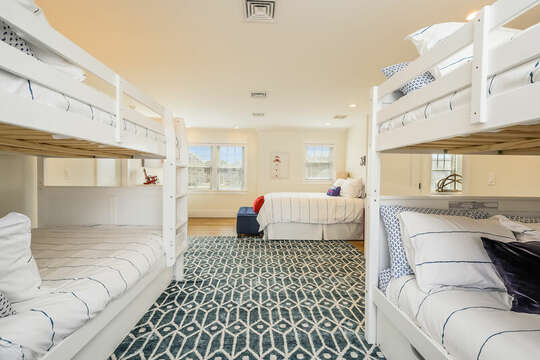 Two twin bunkbeds - 74 E Bay View Road Dennis Cape Cod - New England Vacation Rentals
