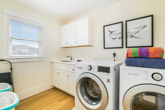 Washer/Dryer and plenty of space to sort and fold laundry - 74 E Bay View Road Dennis Cape Cod - New England Vacation Rentals