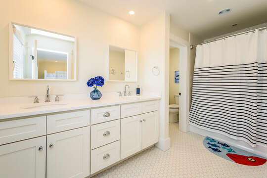 Full bathroom ensuite to Bedroom #4 - 74 E Bay View Road Dennis Cape Cod - New England Vacation Rentals