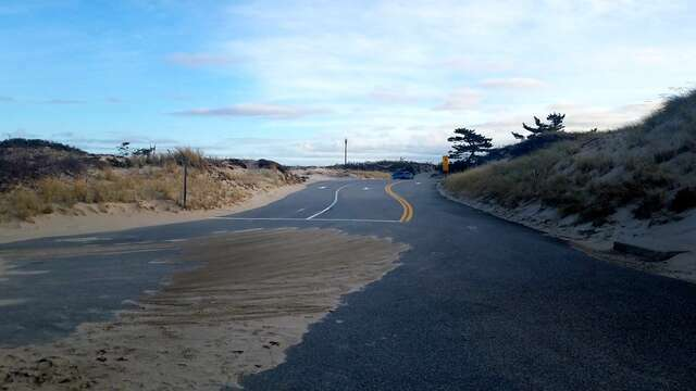 The road to bayside beaches in Dennis Cape Cod