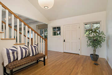 The Golfer's Grandview has a grand open entrance into this beautiful home.