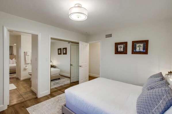 Guest Bedroom, Queen
