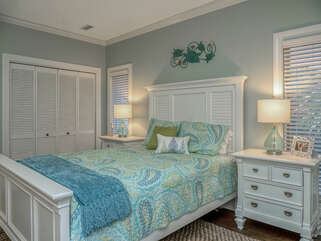 3rd upstairs bedroom with queen bed